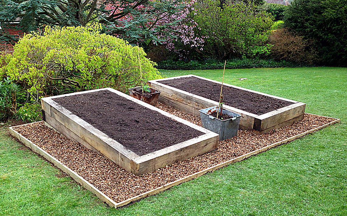 Fencing landscaping landscape gardening bespoke for Hard landscaping ideas
